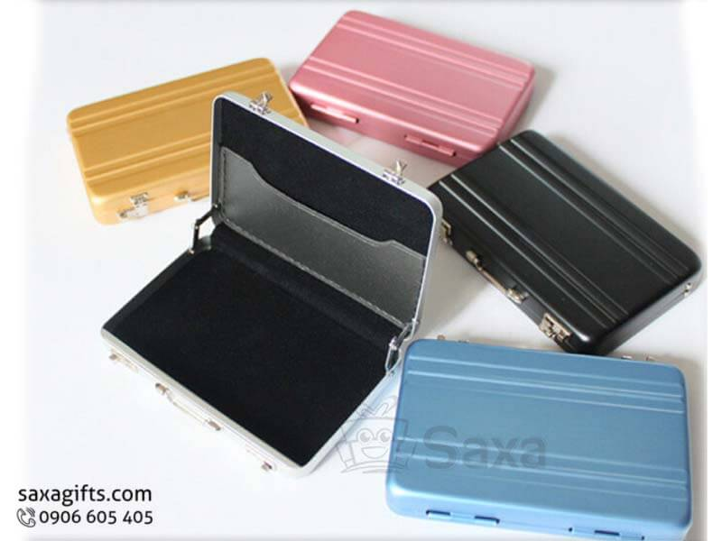 Hộp namecard kim loại in logo mô hình vali xách tay
