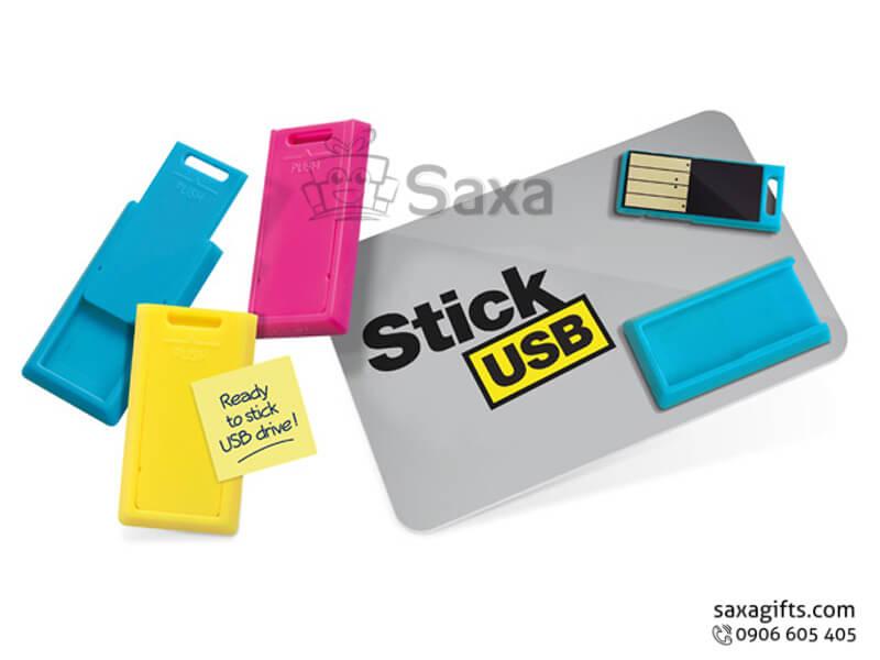 Usb thẻ nhựa in logo phối hộp chứa chip kiểu trượt cá tính